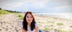 Liz Stewart Hypnotherapy beach shot
